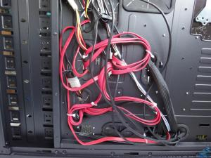 aw--zeus--old-rig--04--cables.jpg